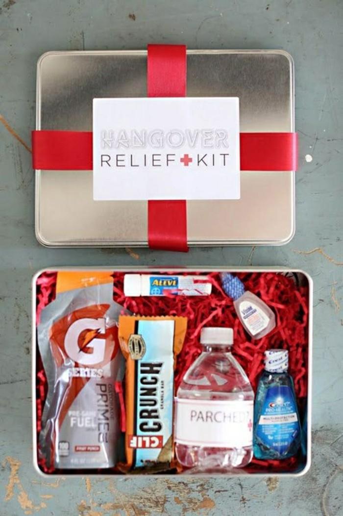 Lustige-Geschenke-sehr-behilflich-sein