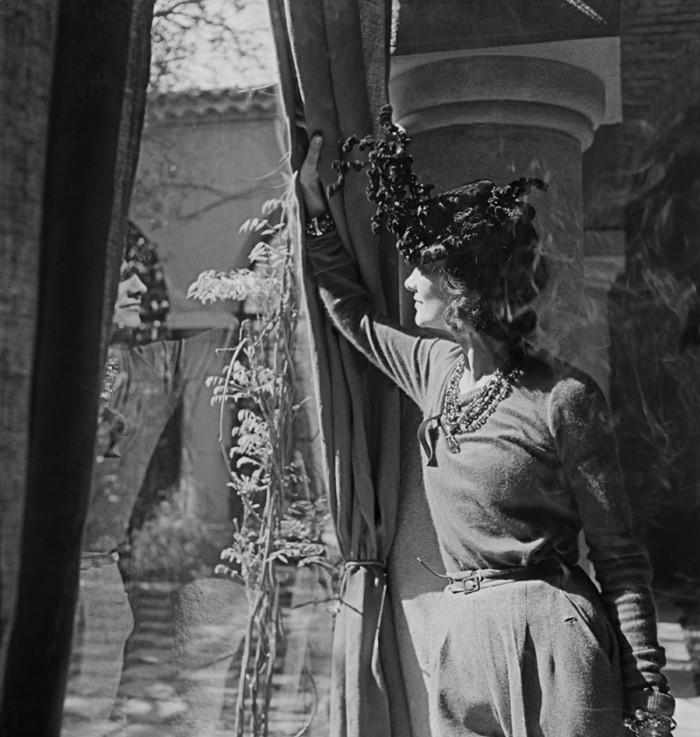 Luxusvilla-La-Pausa-von-Coco-Chanel-Foto-Hosen-1930