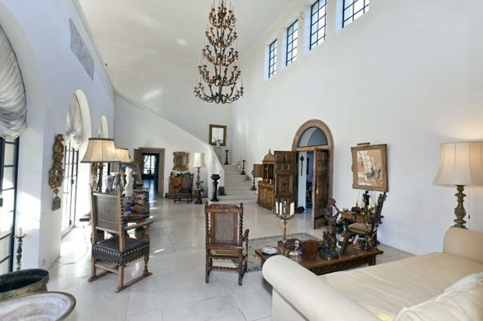 Luxusvilla-La-Pausa-von-Coco-Chanel-Interior-Design-das-Entrее