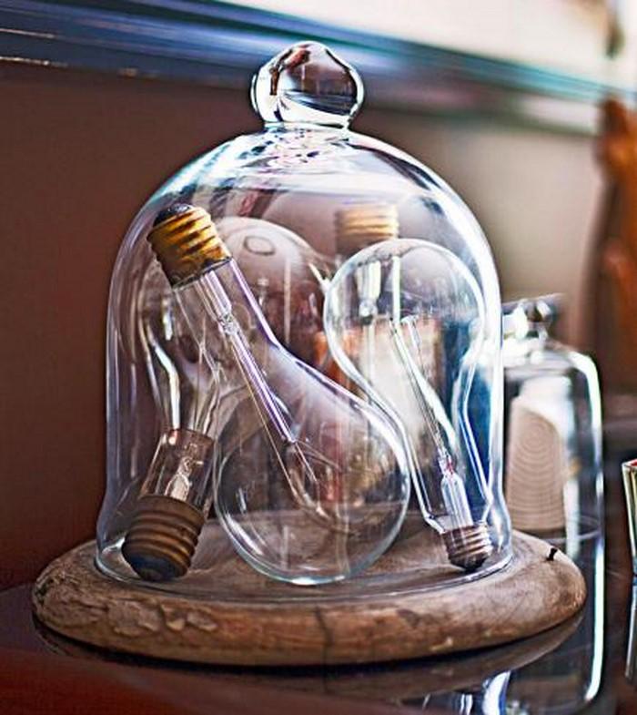 Retro Deko - Glasfuß mit alten Glühbirnen