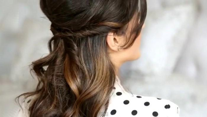 Schnelle-Frisuren-für-lange-Haare-gut-für-Ohrringe
