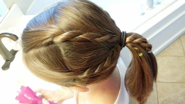 Schnelle-und-einfache-Frisuren-für-Mädchen