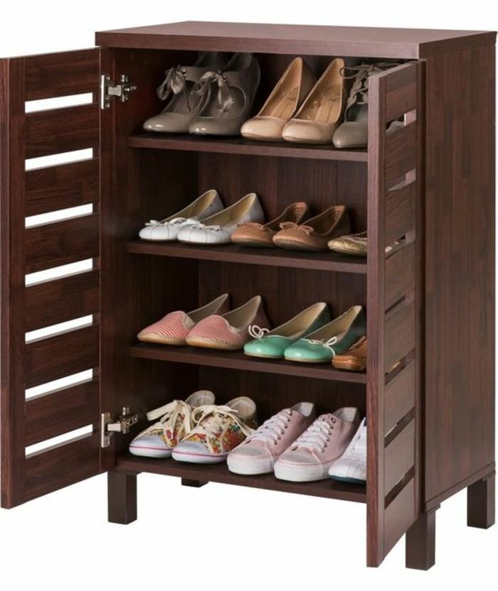 Schuhschrank-Design-mit-vier-Regalen
