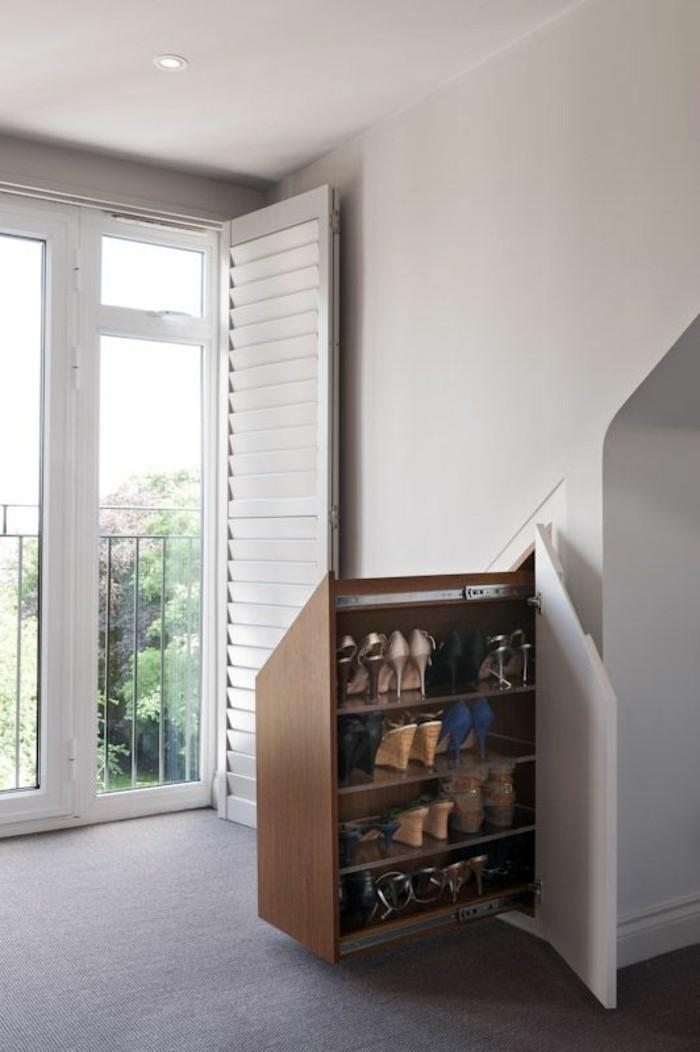 Schuhschrankt-Design-unter-den-Treppen