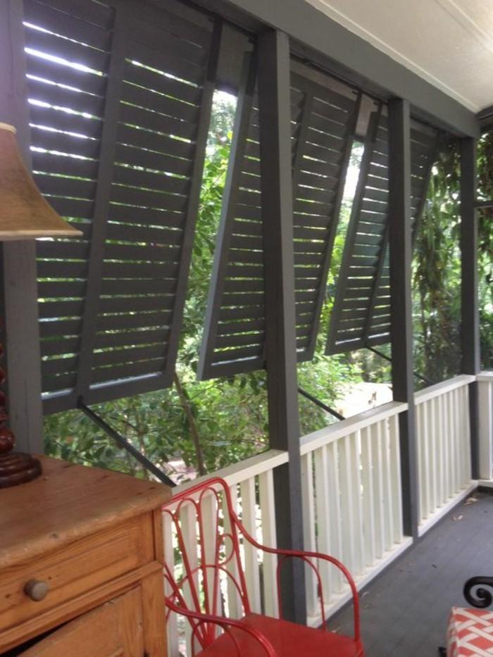 Sichtschutz-für-Terrasse-bewegliche-Paneele