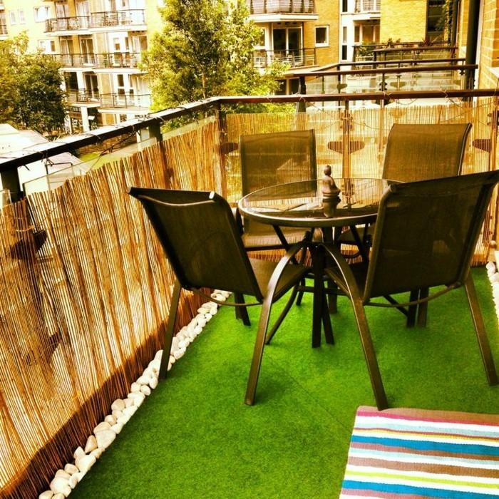 Sichtschutz-für-Terrasse-für-gemütliche-Terrassegestaltung