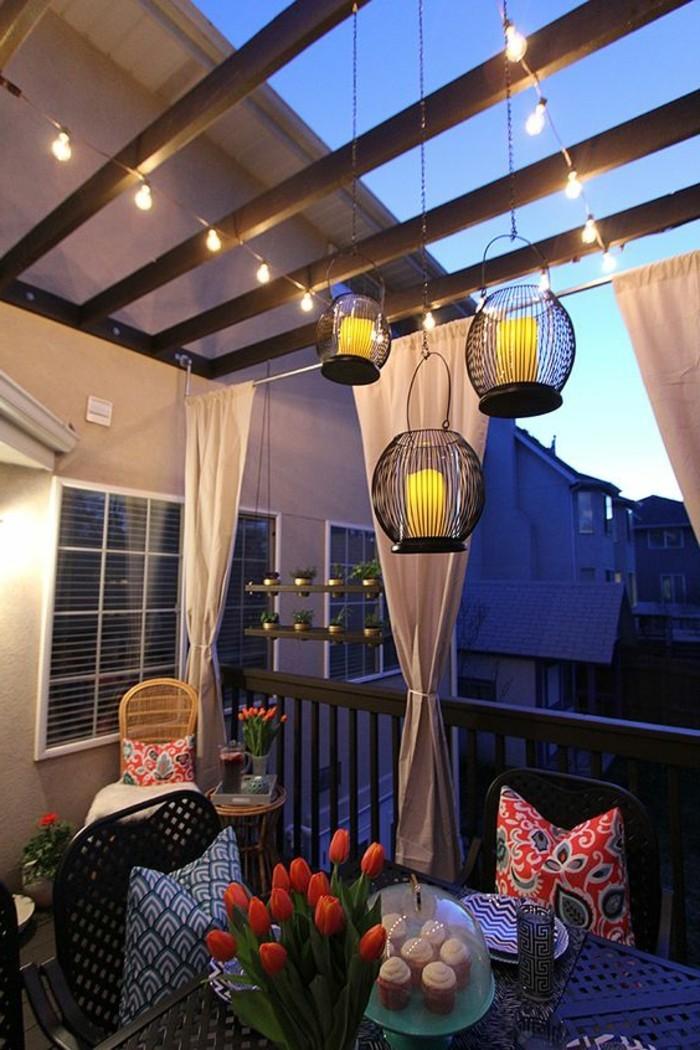 Sichtschutz-für-Terrasse-mit-Vorhängen