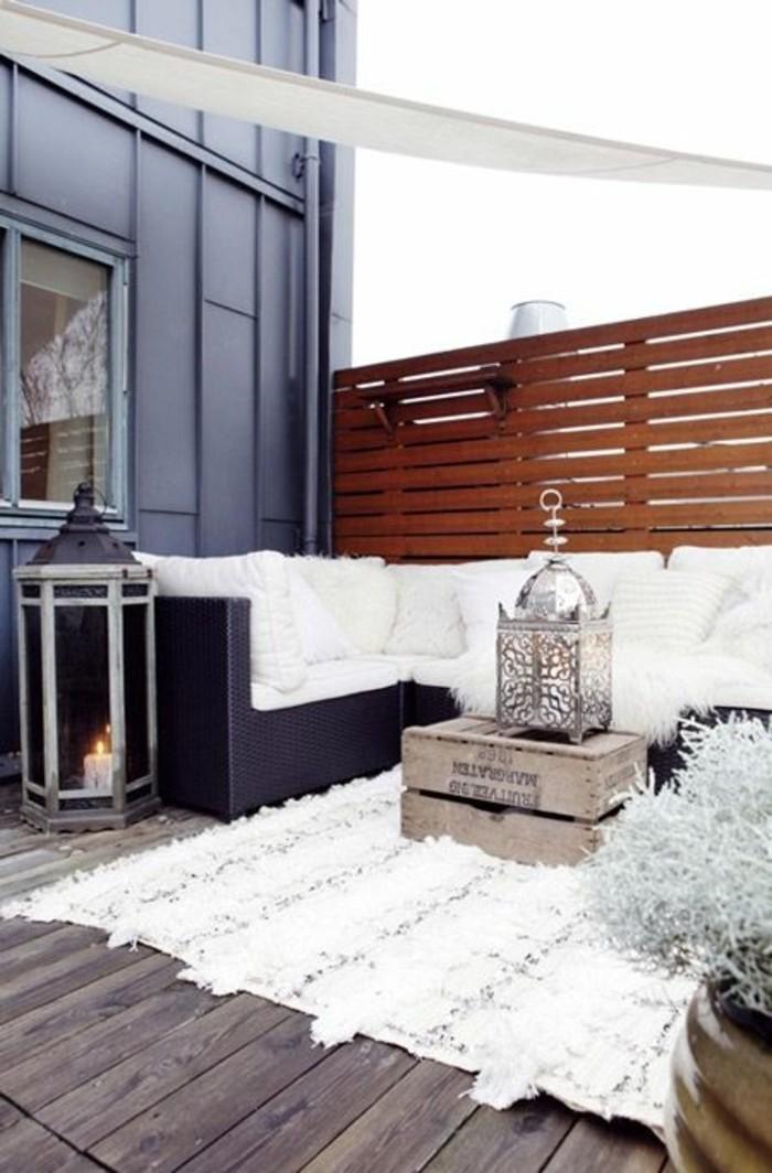 Sichtschutz-für-Terrasse-sehr-elegant