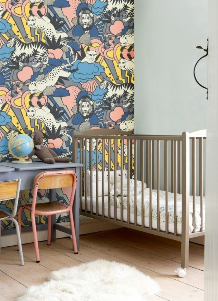 Tapete-Kinderzimmer-eine-Impression-aus-afrikanischen-Tieren