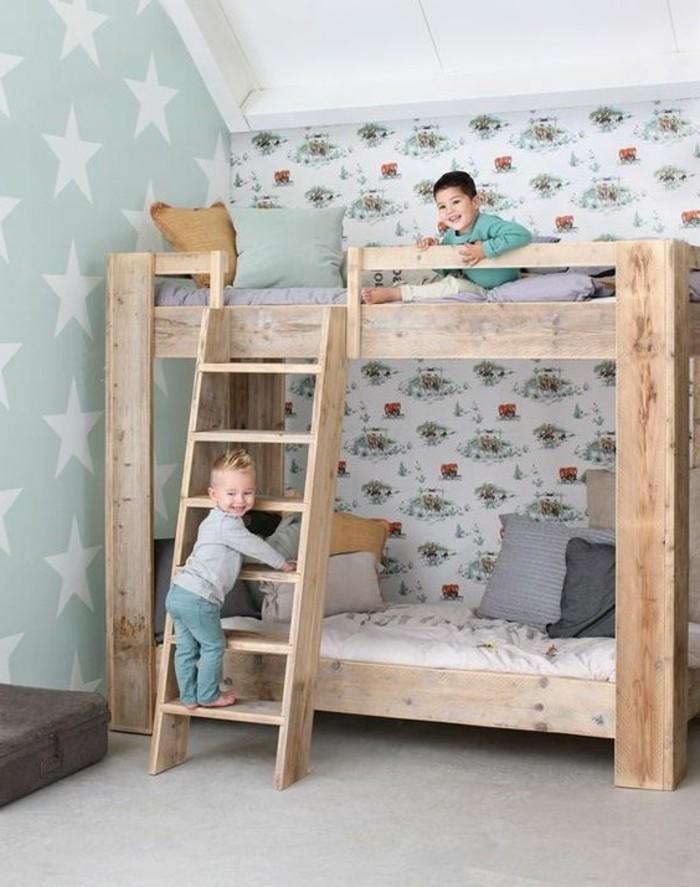Tapeten-für-Kinderzimmer-mit-buntem-Muster