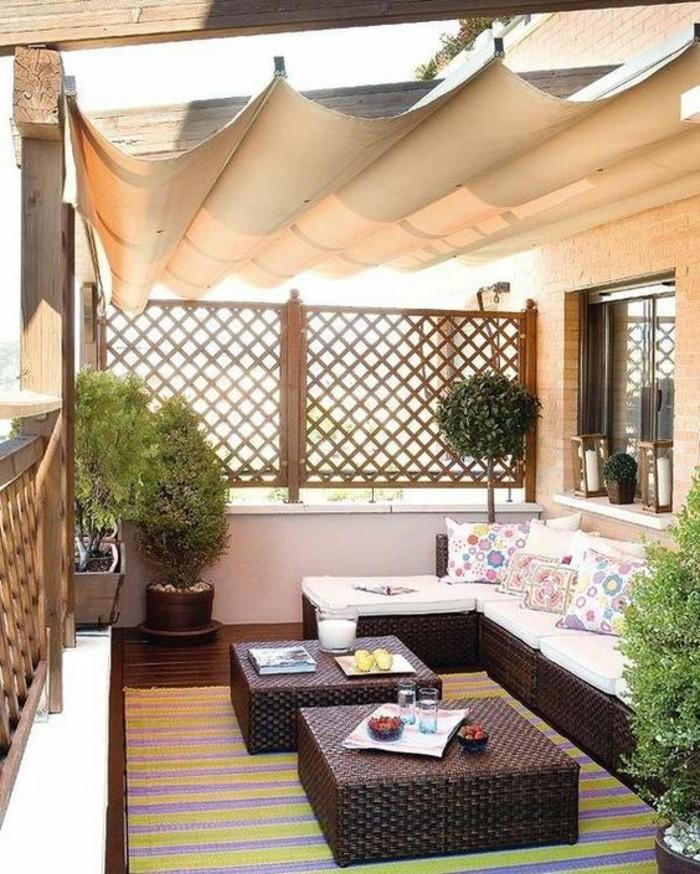 Terrassen-Sichtschutz-Ideen-wie-Wohnzimmer-draußen