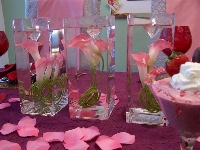 Tischdeko-aus-Glas-Ein-außergewöhnliches-Design