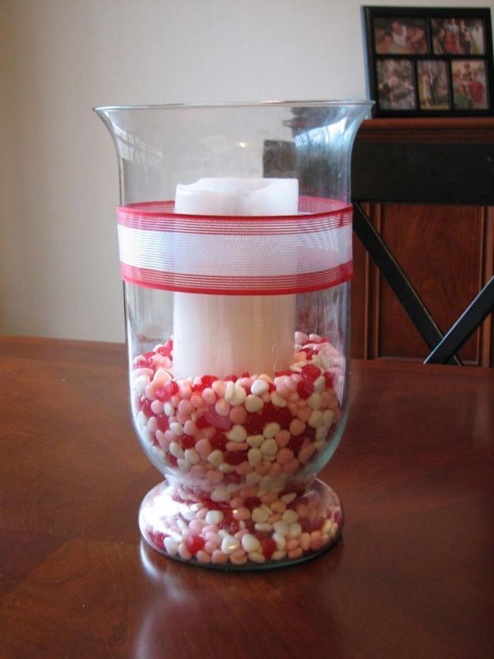 Tischdeko-aus-Glas-Ein-modernes-Design