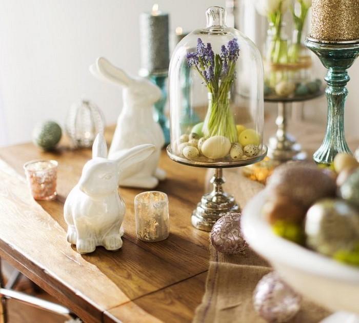 Tischdeko-aus-Glas-Eine-moderne-Ausstattung