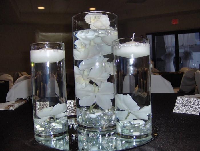 Tischdeko-aus-Glas-Eine-wunderschöne-Deko