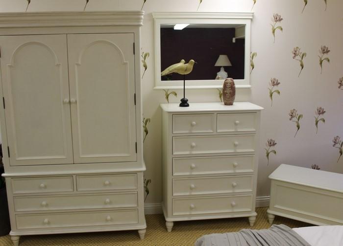 fu leisten badezimmer wei. Black Bedroom Furniture Sets. Home Design Ideas