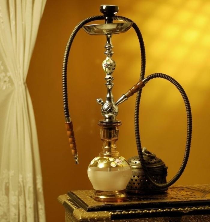 Wasserpfeife-Shisha-Hookah-zu-Hause-Einrichtung-orientalisch1