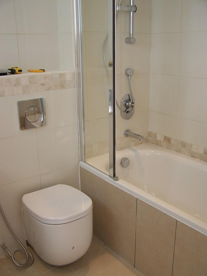 Wohnideen-fur-Badezimmer-Eine-auffällige-Ausstattung