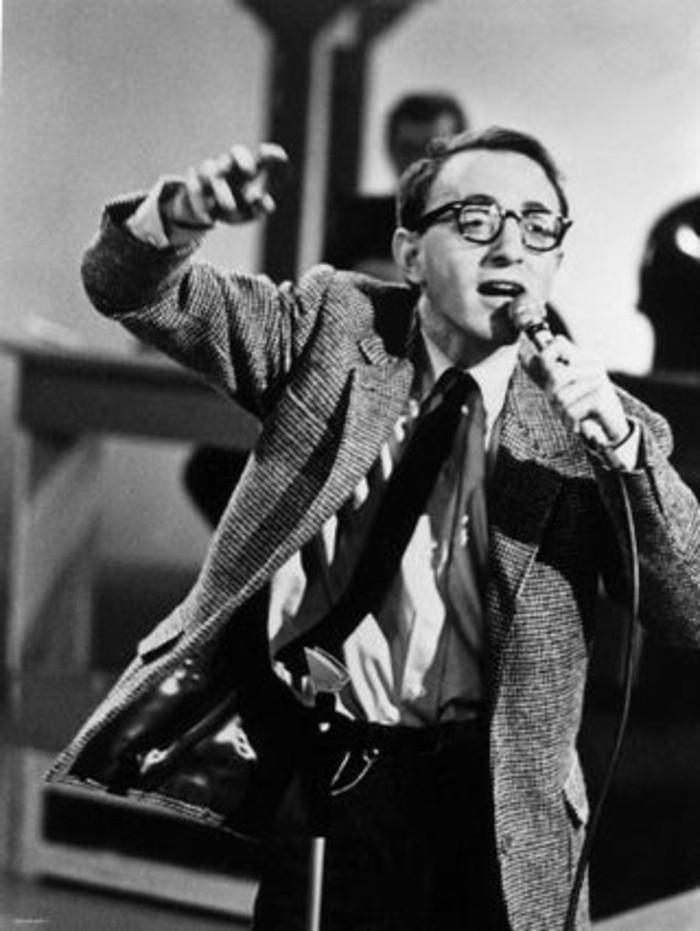 Woody-Allen-schöne-Zitate-und-Sprüche-Mensch1