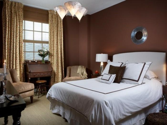 braune-wandgestaltung-brauntöne-in-dem-schlafzimmer