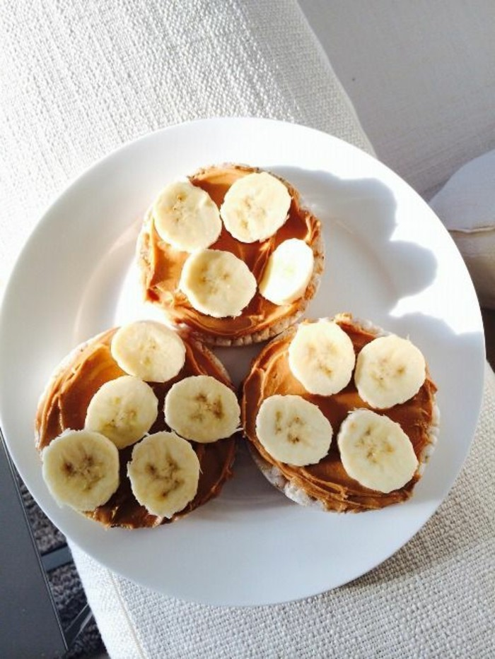brot-schoko-frühstücksideen-mit-banana