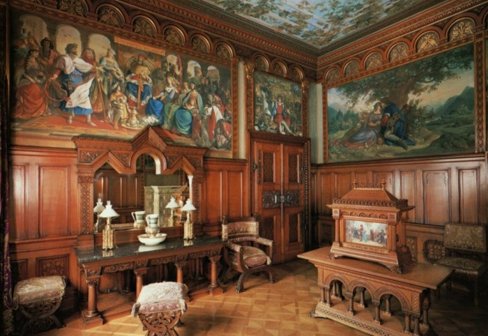 das-Schloss-Neuschwanstein-Ankleidezimmer1