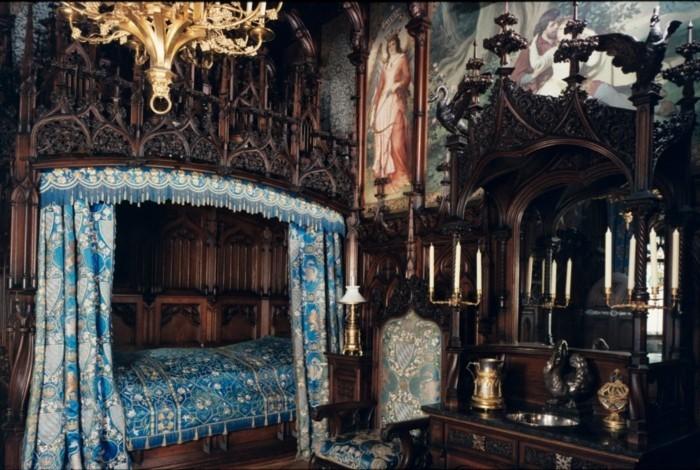 das-Schloss-Neuschwanstein-das-Schlafzimmer1