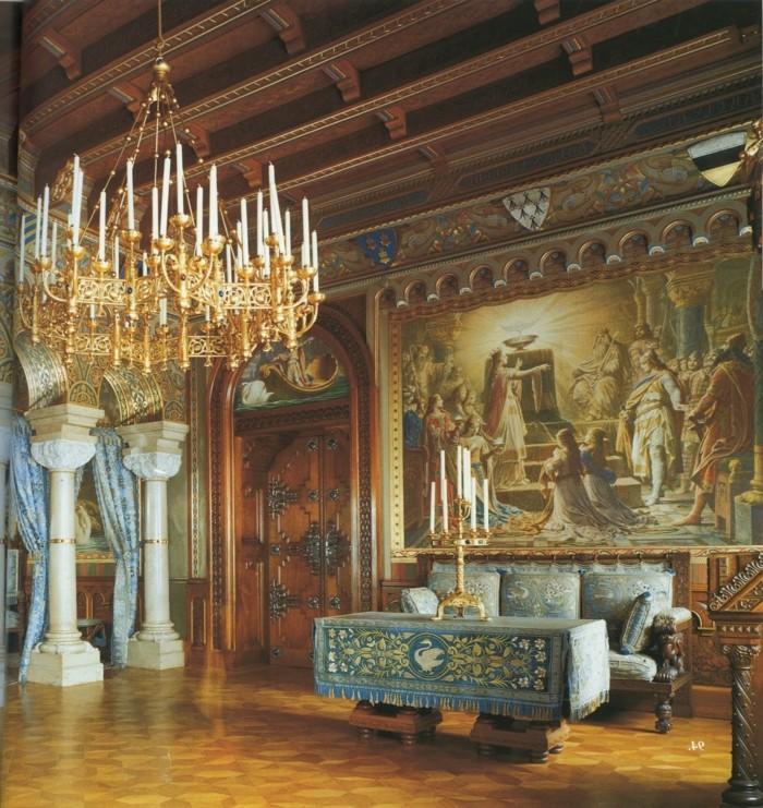 Das Schloss Neuschwanstein Von Innen Wohnzimmerzimmer Volle Andere Wohnzimmer Speisekarte