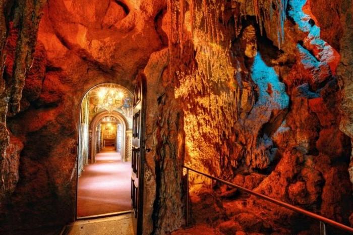 das-Schloss-Neuschwanstein-die-Grotte