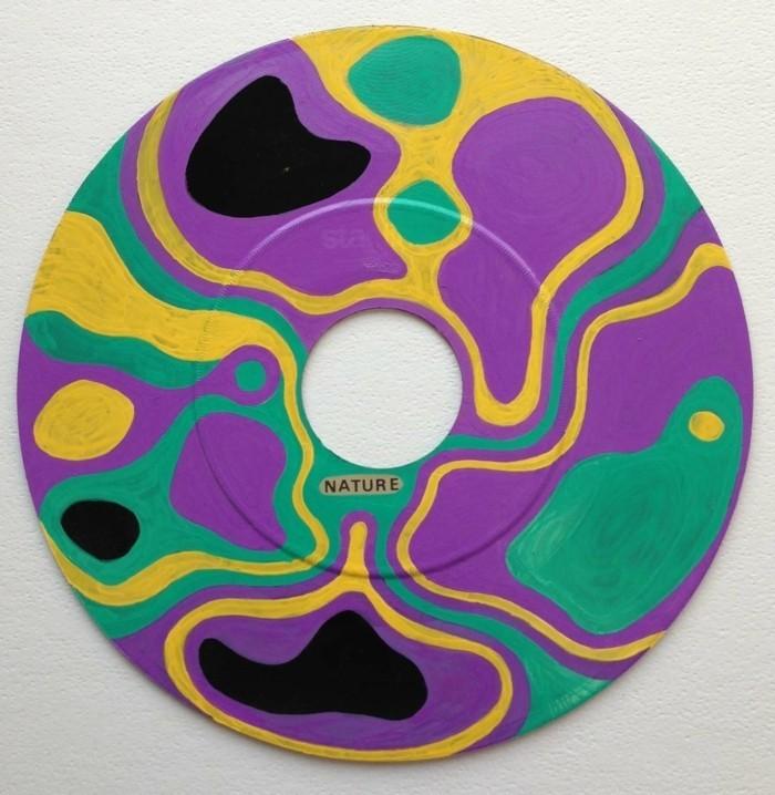 deko-aus-schallplatten-eine-schön-aussehende-schallplatte