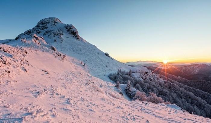 der-berg-ruft-der-berg-jumruka-und-ein-sonnenaufgang