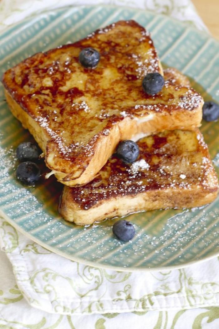 frühstücksideen-blaubeere-Röstbrot