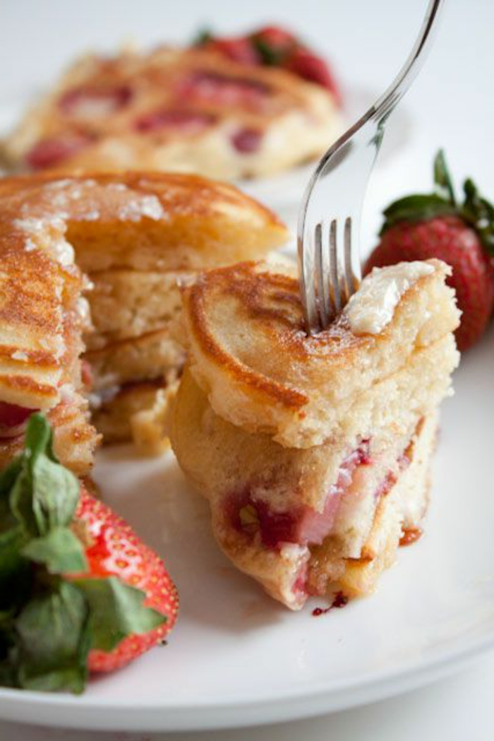 frühstücksideen-lecker-frische-erdbeeren
