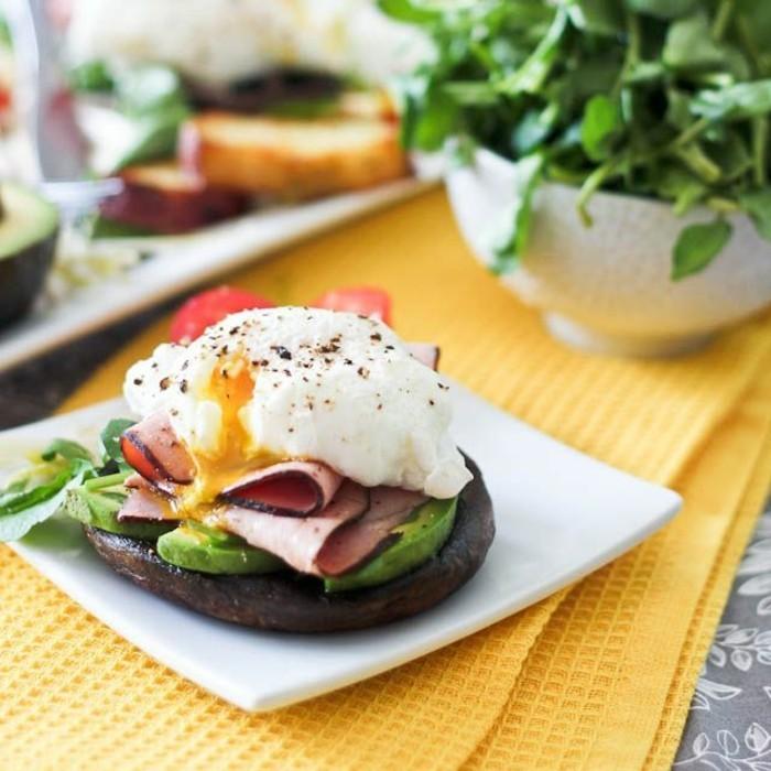 frühstücksideen-mit-obst-avokado