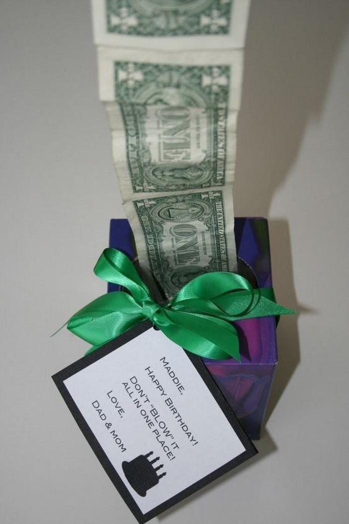 geldgeschenk-hochzeit-Geldgeschenk-mit-einem-gruenen-Band
