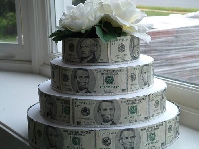 geldgeschenk-hochzeit-Geldtorte-als-Hochzeitgeschenk