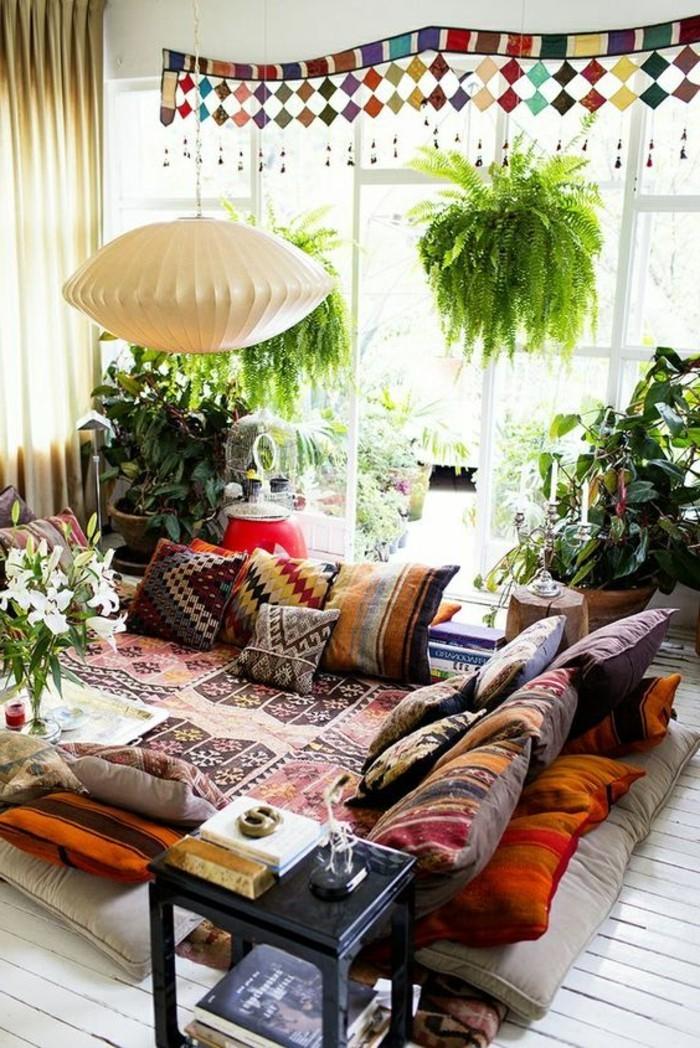 Gemtliches Wohnzimmer Gestalten Ohne Mbel Bunt Pflanzen