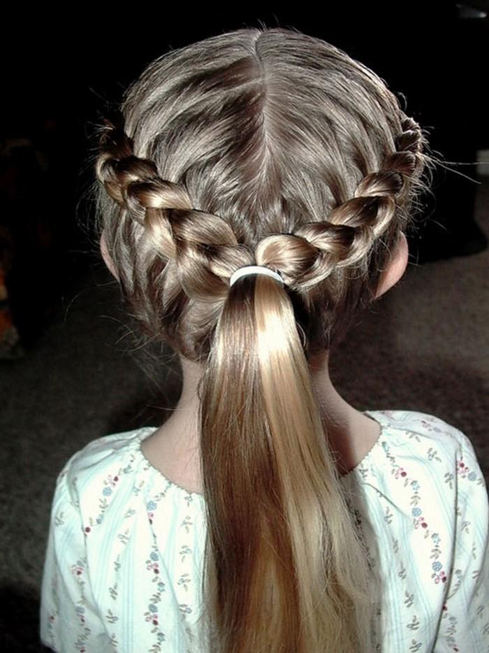 kinder-frisuren-eine-interessante-Haarentscheidung-fuer-Maedchen