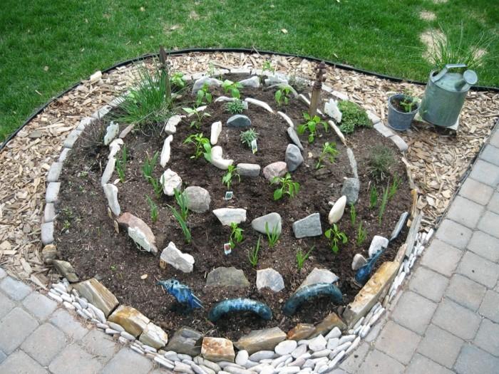kräuterhochbeet-bauen-aus-steinen-schönne-hochbeete-machen