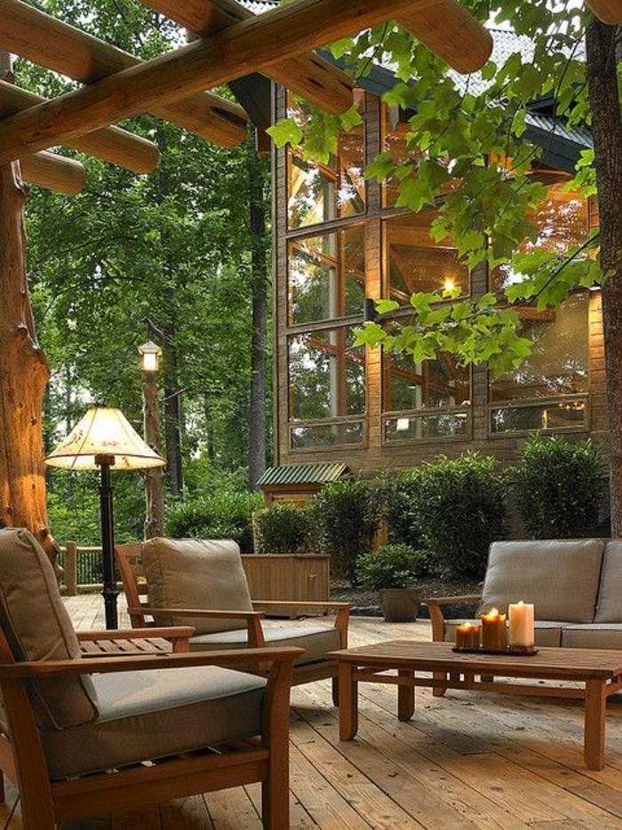 lounge-möbel-aus-holz-sitzpolster