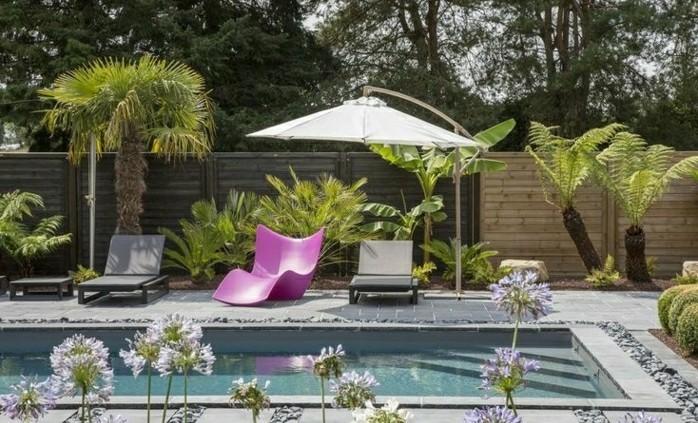 moderne-gartengestaltung-mit-loungemöbel-und-schwimmbecken