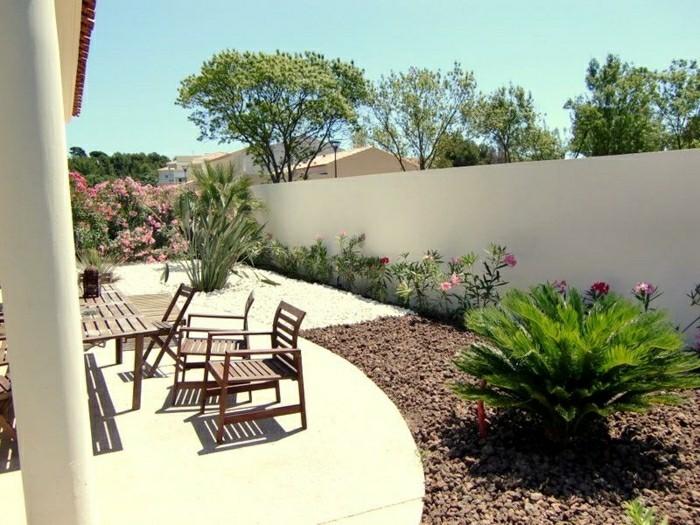 moderne-gartengestaltung-rosengarten-romantisch-beton