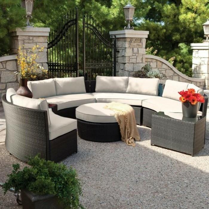 moderne-gartengestaltung-vorgarten-poly-rattan-lounge-möbel