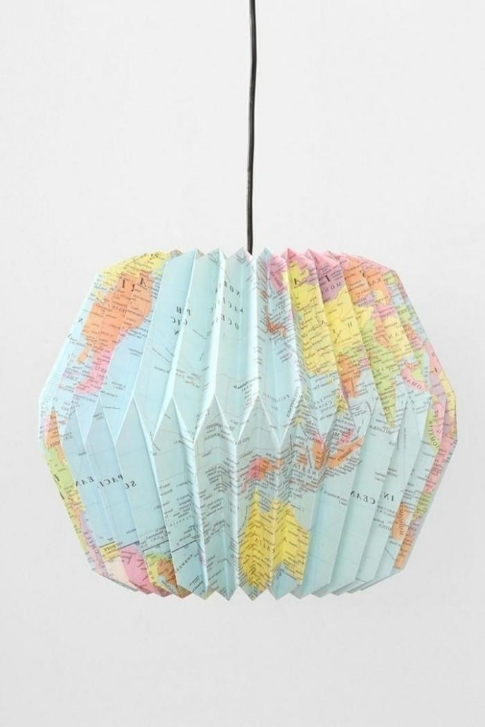 origami-lampenschirm-ein-ungewöhnlich-aussehender-lampenschirm