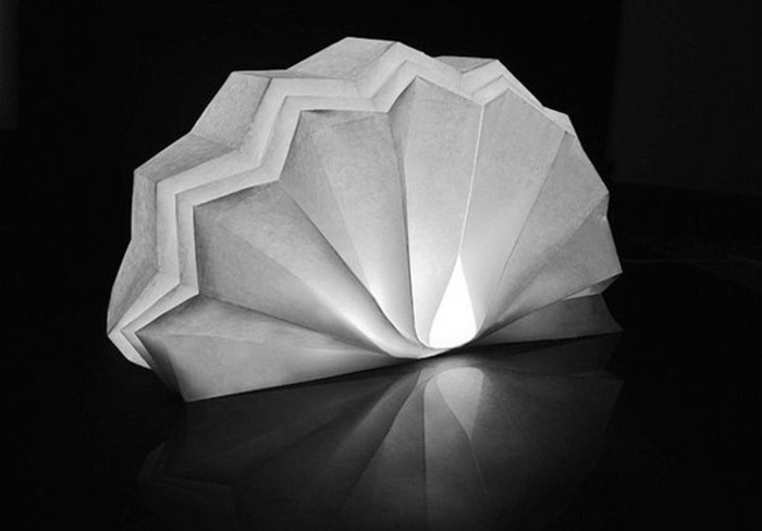 origami-lampenschirm-ein-wunderschöner-lampenschirm
