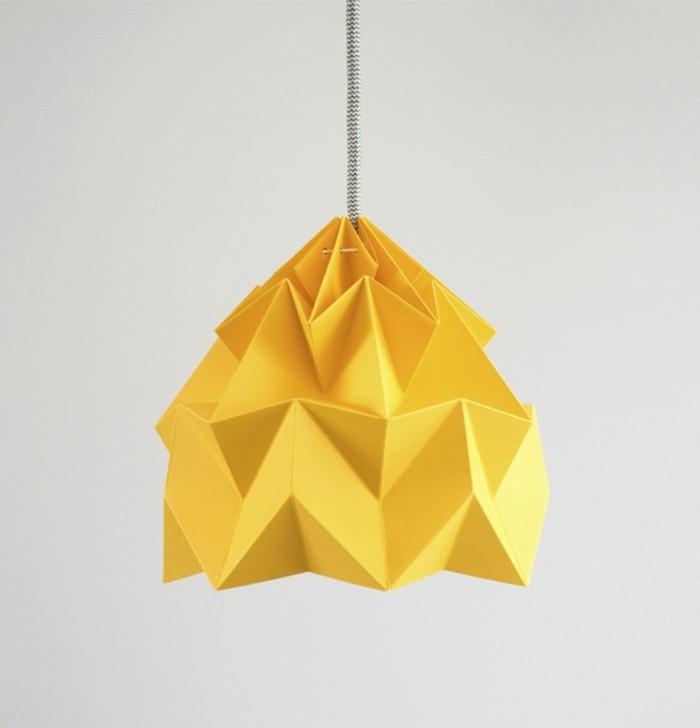origami-lampenschirm-man-braucht-ein-farbpapier