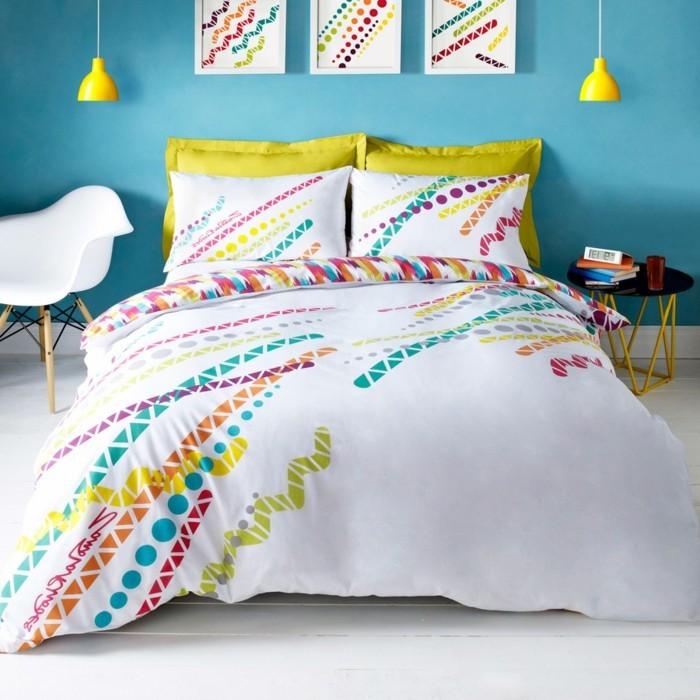 originelle-wandfarben-ideen-für-ein-gemütliches-wohnzimmer-blaue-wand