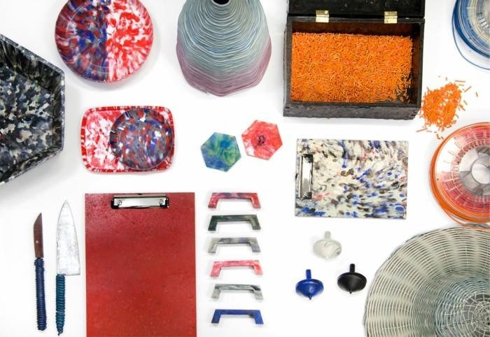 plastik-recycling-verschiedene-sachen-aus-recyceltem-plastik