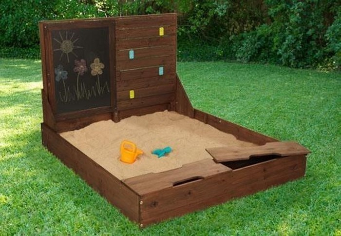 sandkasten-selber-bauen-eine-Sandbox-Gestaltung