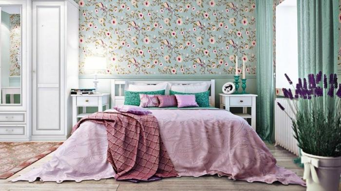 schlafzimmer tapeten ideen moderne schlafzimmergestaltung zimmer dekorieren lila blumen frische farben